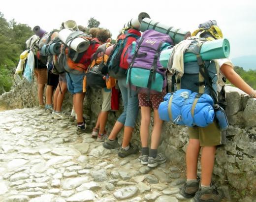 sac de dormir, motxilla, excursió, campaments, agrupament, cau